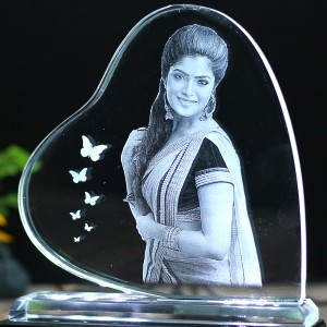 Heart shaped B crystal with engraved photo inside -150x150x12 (mm) with Slim White Light Base backview