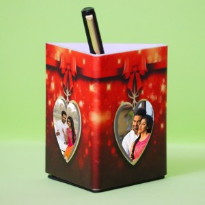 Personalized Pen Stand Heart Shape Photo with 3 pictures backview