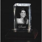 Box shaped crystal with 3D photo inside - 60 X 40 X 40 (mm)