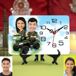 Personalized Couple Caricature Table Clock camouflage theme