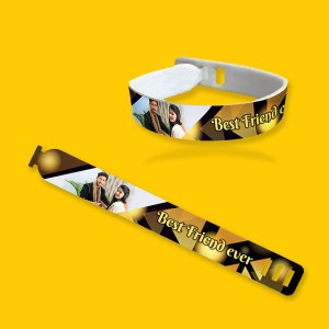 Personalized friendship band with photo and message 01