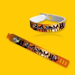 Personalized friendship band with photo and message 09