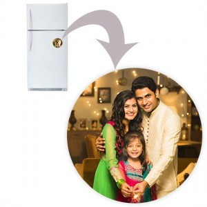 Round shaped personalized fridge magnet