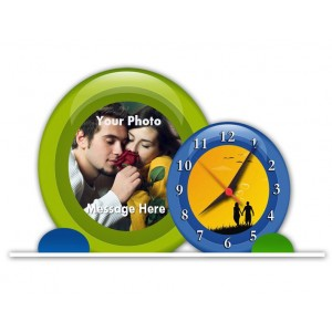 Personalized round shaped acrylic clock - small